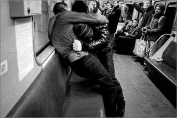 Нападение в поезде: как себя вести